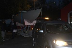 Yeah! De zesde Etchells is een feit! Gert-Jan rijdt de El Toro het botenterrein binnen.